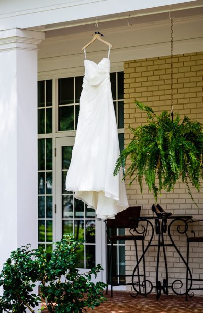 Downtown Pensacola Wedding, Kerri's wedding dress, Lazzat Photography