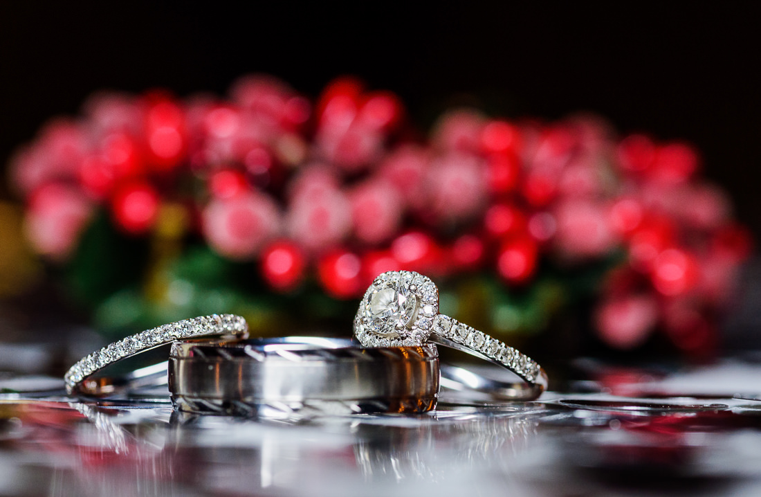 best wedding photographer Pensacola Orlando | wedding rings | winter red