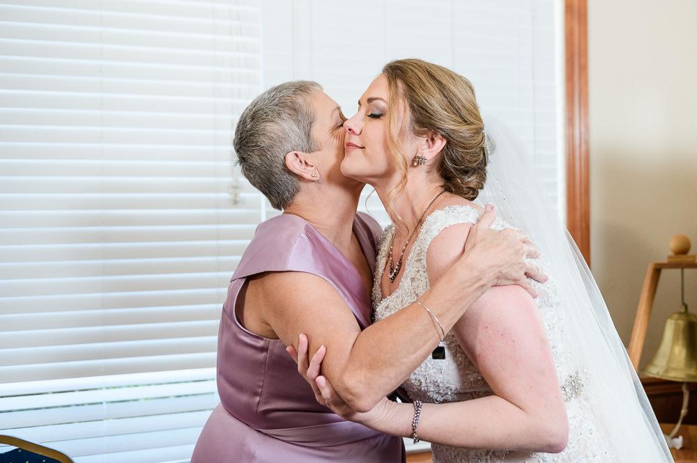 Bride and mom hugging, Rustic Waterfront Wedding, Fort Walton Beach, Fort Walton Yacht Club, Florida Wedding, Lazzat Photography