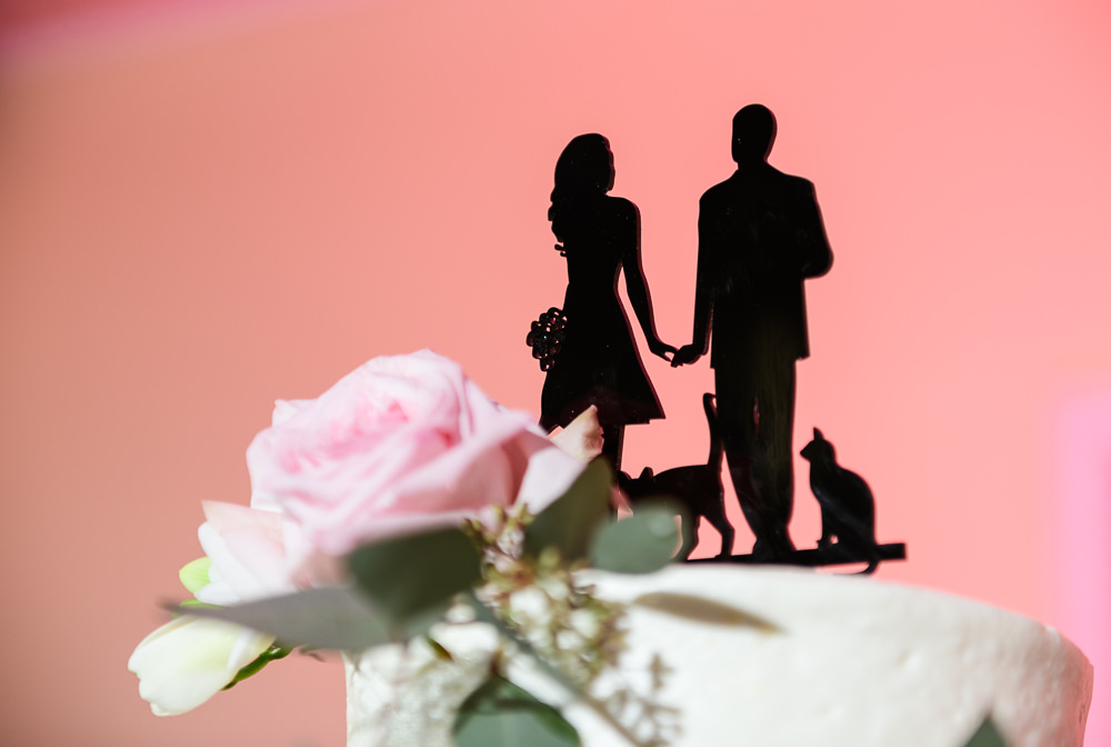 Bride and Groom with their cats silhouette cake topper, Fort Walton Beach, Fort Walton Yacht Club, Florida Wedding, Lazzat Photography