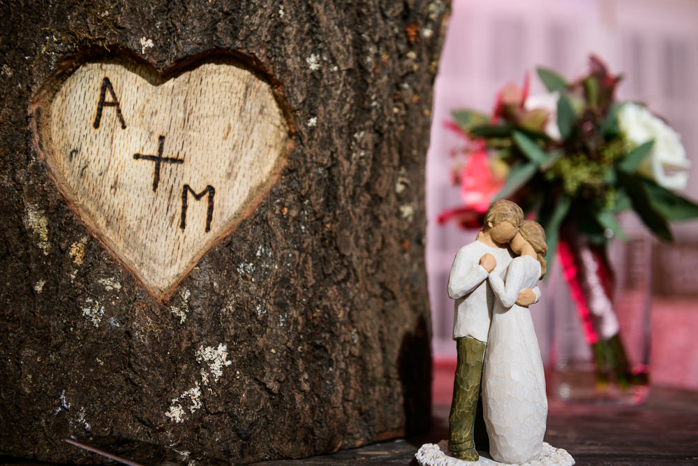 Willow tree wedding figurine and personalized tree stump wedding cake stand, Fort Walton Beach, Fort Walton Yacht Club, Florida Wedding, Lazzat Photography