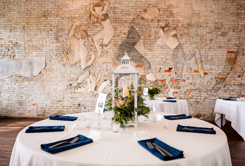 Lantern and flowers table decoration, 5Eleven Palafox, Classic Pensacola Wedding, Lazzat Photography, Florida Wedding Photographer
