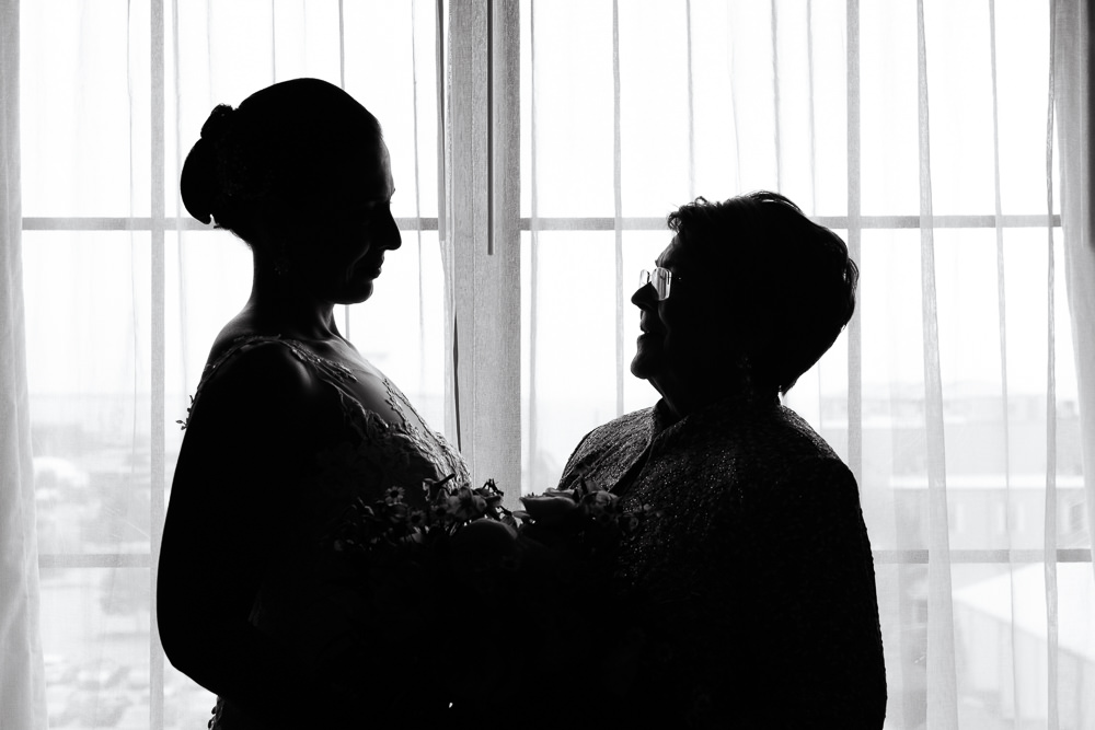 Silhouette of the Bride and her mom, black and white, Holiday Inn Express Pensacola Downtown, Classic Pensacola Wedding, Lazzat Photography, Florida Wedding Photographer