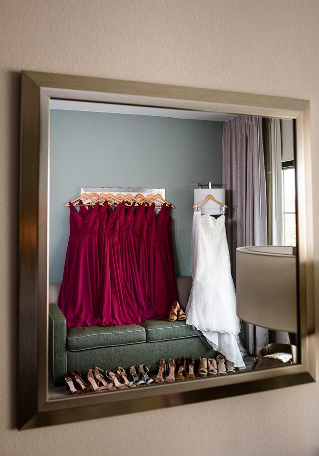 Bride and Bridesmaid's dresses, magenta bridesmaid dresses, Holiday Inn Express Pensacola Downtown, Pensacola Summer Wedding, Lazzat Photography