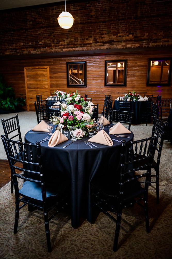 Black and pink table decorations, Palafox Wharf waterfront reception venue, Palafox Wharf Pensacola Wedding, Orlando Florida Wedding photographer, Lazzat Photography
