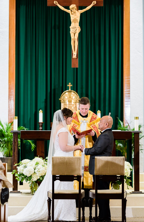 Bride and Groom exchanging vows, multicultural filipino wedding, Catholic country club wedding, Pensacola Florida, Lazzat Photography