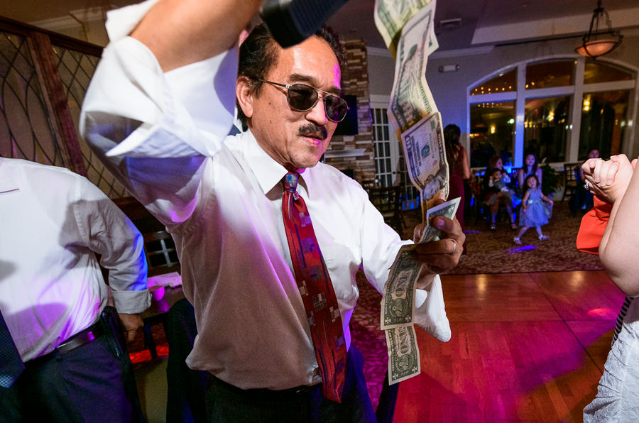 Guest during the money dance, Scenic Hills Country Club, Catholic country club wedding, filipino wedding, Pensacola Florida, Lazzat Photography